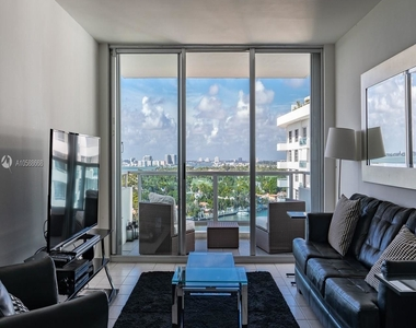 5151 Collins Ave - Photo Thumbnail 6