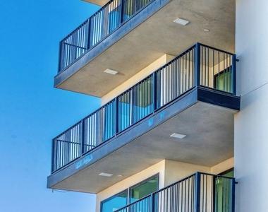 5550 Bonner Ave - Photo Thumbnail 23