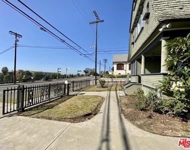 1357 Bellevue Ave - Photo Thumbnail 1