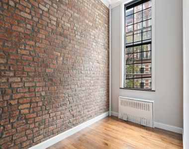 221 East 11th Street - Photo Thumbnail 1