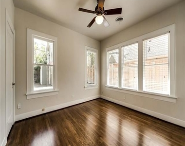 2533 Greene Avenue - Photo Thumbnail 26