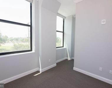 1401 N 5th Street - Photo Thumbnail 19