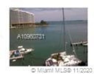 999 Brickell Bay Dr  #1206 - Photo Thumbnail 11
