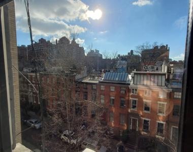 49 West 11th Street - Photo Thumbnail 1