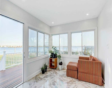 3395 Bay Front Place - Photo Thumbnail 6