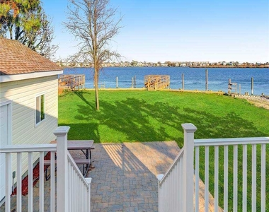 3395 Bay Front Place - Photo Thumbnail 11