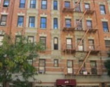 East 13th Street - Photo Thumbnail 0