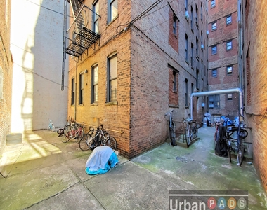 480 Clinton Avenue - Photo Thumbnail 8