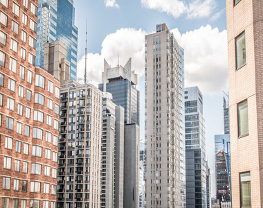 305 West 50th Street - Photo Thumbnail 48
