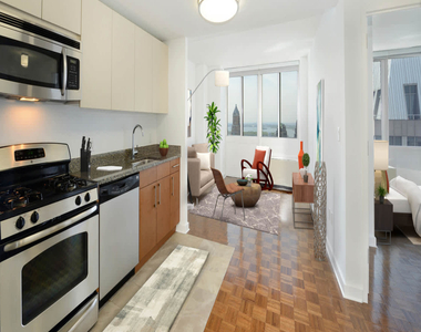 111 Lawrence Street - Photo Thumbnail 6