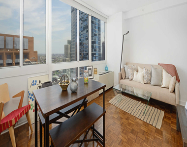 111 Lawrence Street - Photo Thumbnail 10