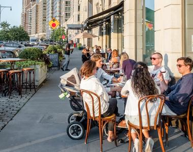 180 Riverside Blvd - Photo Thumbnail 47