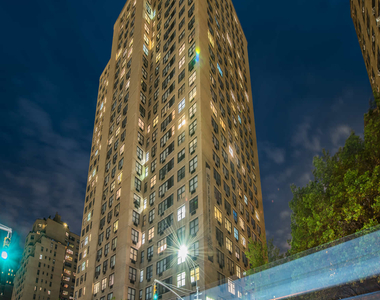 240 East 27th Street - Photo Thumbnail 42