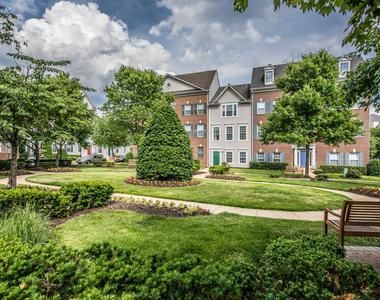 1459 N Beauregard Street - Photo Thumbnail 9