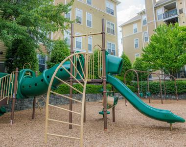 1459 N Beauregard Street - Photo Thumbnail 8