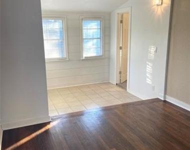 4702 Hopkins Avenue - Photo Thumbnail 9