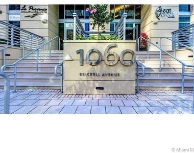1060 Brickell Ave - Photo Thumbnail 0