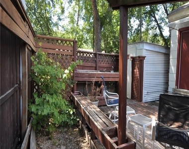 2600a Madera Street - Photo Thumbnail 17