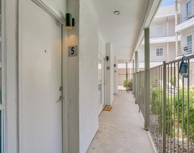 4111 Cole Avenue - Photo Thumbnail 21
