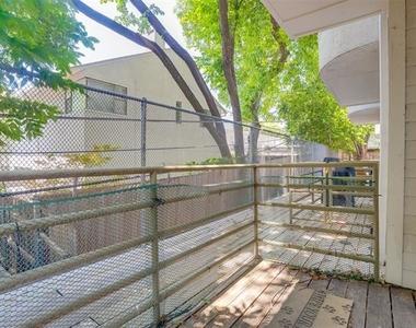 4111 Cole Avenue - Photo Thumbnail 18