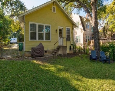 2561 Rogers Avenue - Photo Thumbnail 26