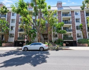 1375 Kelton Ave - Photo Thumbnail 20