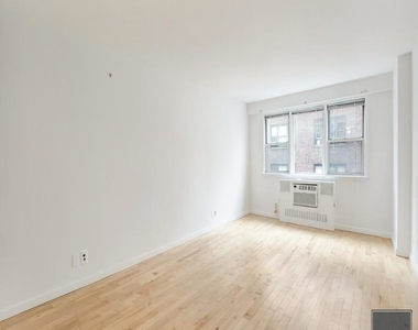 East 27th Street - Photo Thumbnail 1