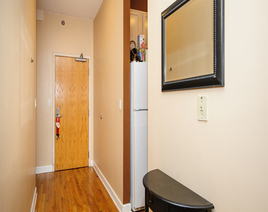 41 East 8th Street - Photo Thumbnail 8