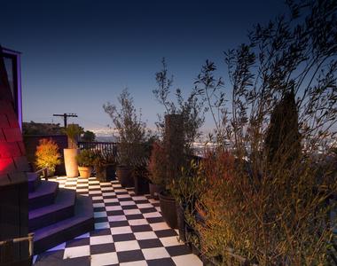 2144 Sunset Plaza Dr - Photo Thumbnail 3