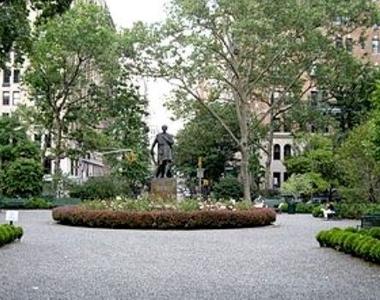 8 Gramercy Park - Photo Thumbnail 0