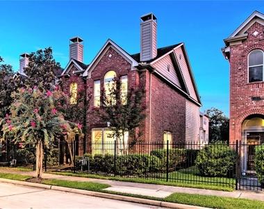 2706 Crawford Street - Photo Thumbnail 0
