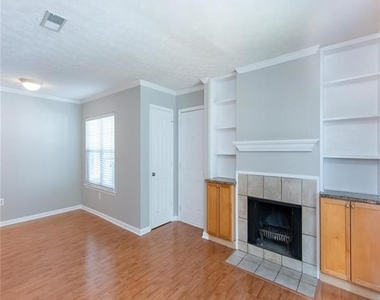 1150 Collier Road Nw - Photo Thumbnail 2