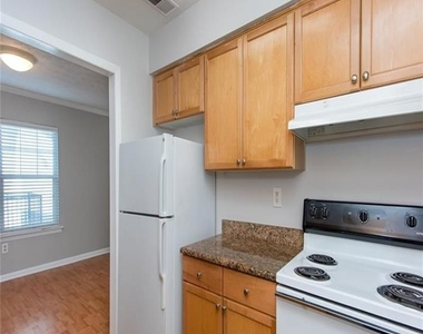 1150 Collier Road Nw - Photo Thumbnail 9