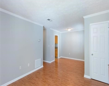 1150 Collier Road Nw - Photo Thumbnail 4