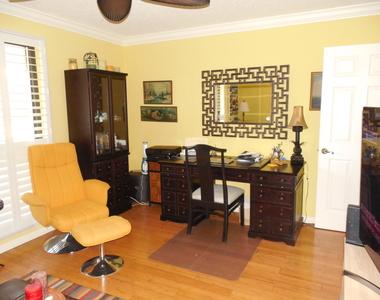 511 Brackenwood Place - Photo Thumbnail 20