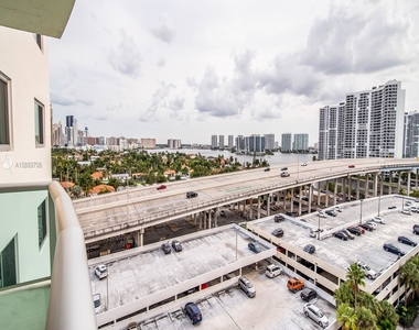 19380 Collins Ave - Photo Thumbnail 39