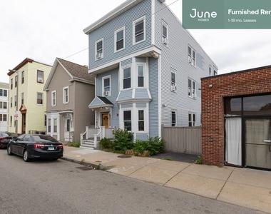 114 Boston Street - Photo Thumbnail 17