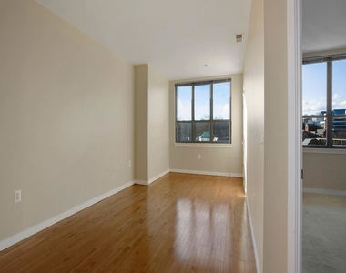 3883 Connecticut Ave Nw #903 - Photo Thumbnail 6