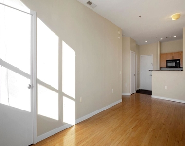 3883 Connecticut Ave Nw #903 - Photo Thumbnail 7