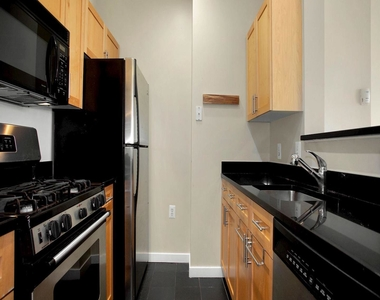 3883 Connecticut Ave Nw #903 - Photo Thumbnail 9