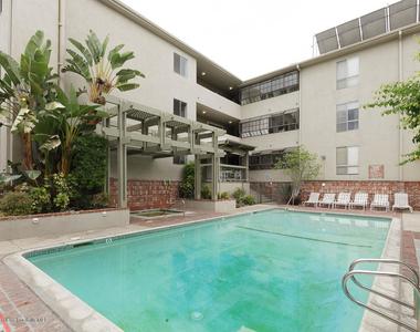 339 South Catalina Avenue - Photo Thumbnail 20