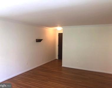 2725 39th Street Nw - Photo Thumbnail 6