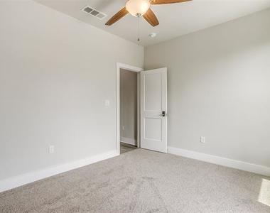 2305 Benbrook Boulevard - Photo Thumbnail 29