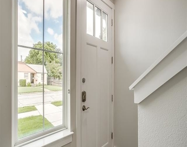 2305 Benbrook Boulevard - Photo Thumbnail 1