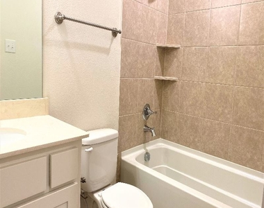 3908 Cresthill Drive - Photo Thumbnail 38