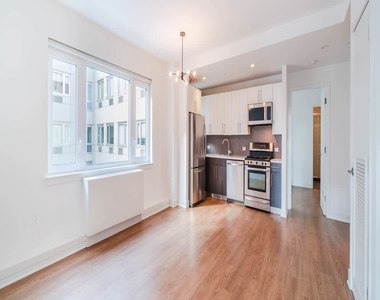 175 Kent Avenue - Photo Thumbnail 9