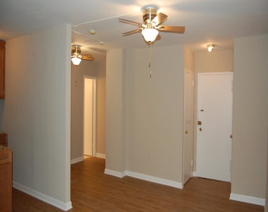 1021 Arlington Boulevard - Photo Thumbnail 1