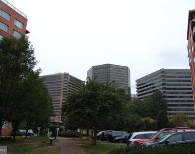 1021 Arlington Boulevard - Photo Thumbnail 26