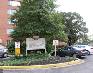 1021 Arlington Boulevard - Photo Thumbnail 17