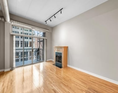 920 West Madison Street - Photo Thumbnail 10